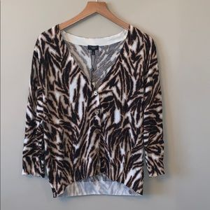 Talbots NWT Animal Print V-Neck Sweater